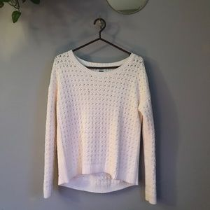 White knitted